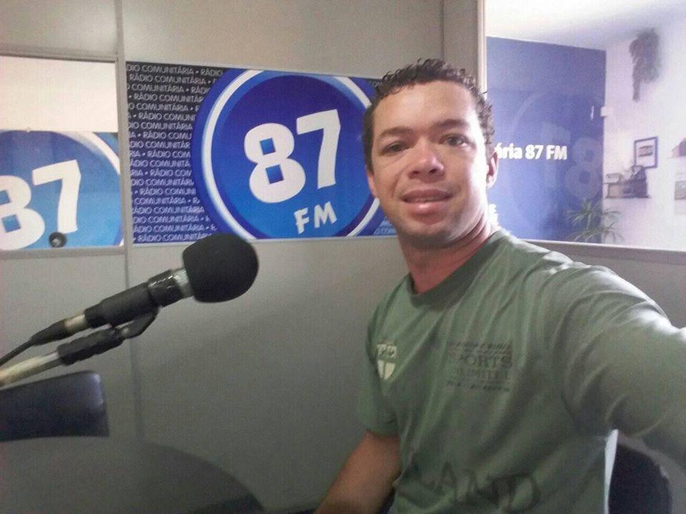 Roger Lopes, cantor sertanejo